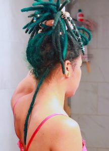 How to Pin Up Locs For the Shower to Reduce Buildup